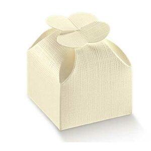 Caixa cartolina linho marfim com topo de quatro pétalas