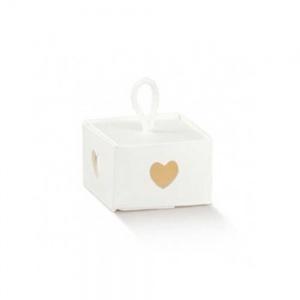 Caixa em cartão branco com recorte coração